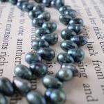 Dancing Pearls Necklace
